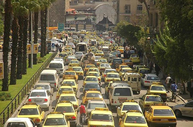 أيها السوري لا تخرج من بيتك: الازدحام في العاصمة يلتهم أوقات المواطنين – صبا جميل – ريف دمشق