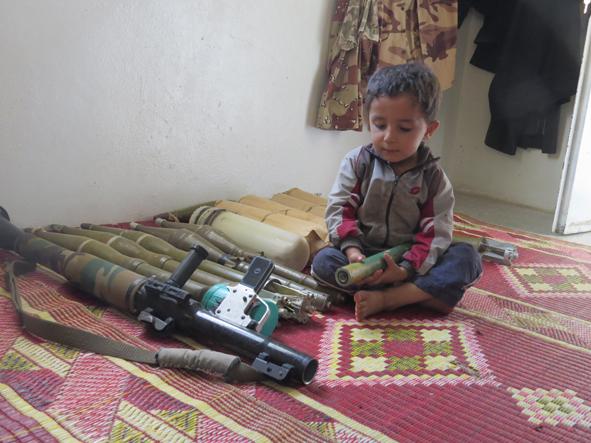 عندما كنا نلعب: الكوارث الناتجة عن عبث الأطفال بمخلفات الحرب – مالك داغستاني