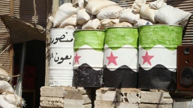 أحد حواجز الثوار في مدينة داريا