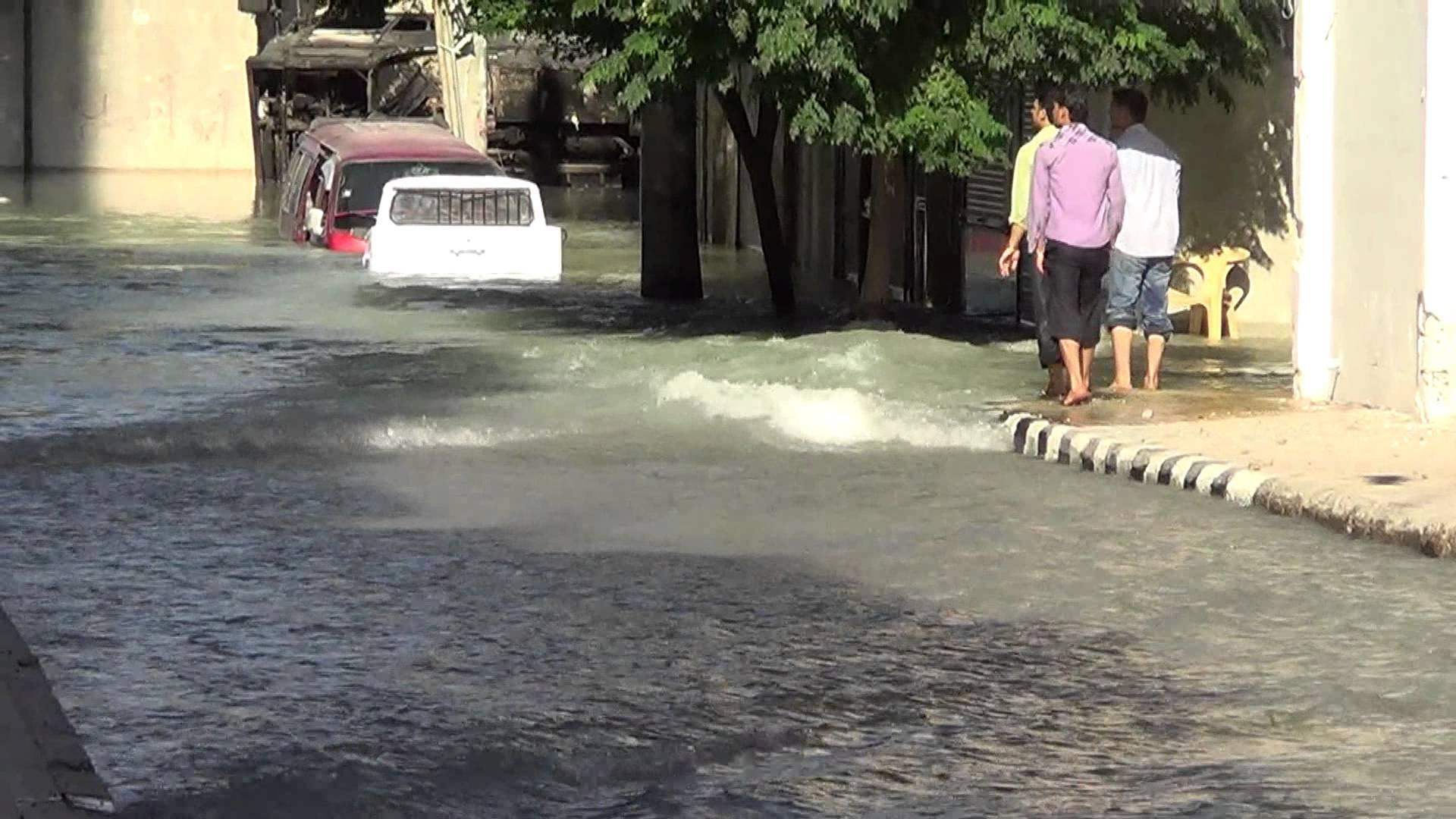 انفجار أحد خطوط المياه في حلب
