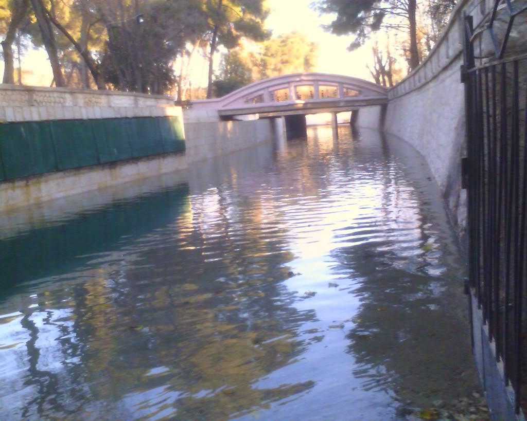 إحدى قنوات جر المياه إلى حلب