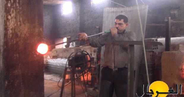 صناعة الفخار والزجاج يدوياً فنٌ كادت الحرب أن تقضي عليه – عبد الغني العريان