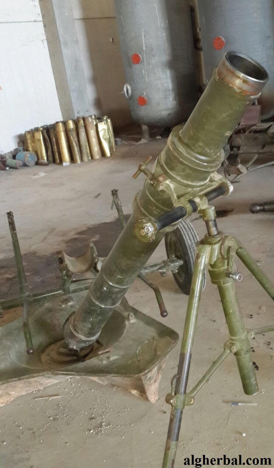 مدافع الهاون متوفرة بأسواق إدلب بكثافة (عمر صالح عزام الغربال)