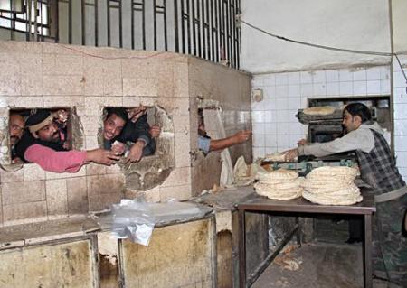 أسباب كثيرة ساهمت في أزمة الخبز في الحسكة