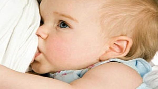 الرضاعةالطبيعية