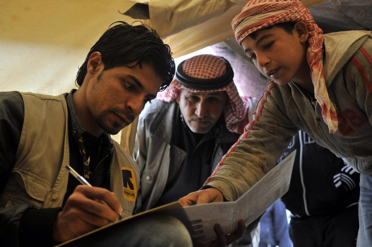 استأنفت لجنة الانقاذ الدولية عملها لكن بعد تبني معايير التنظيمات الاسلامية في العمل