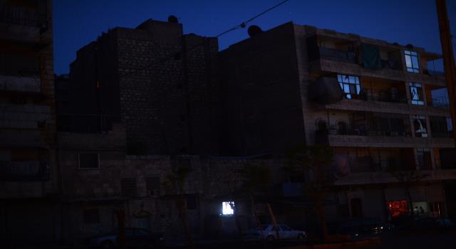 انقطاع الكهرباء المستمر ضيق على سكان اللاذقية