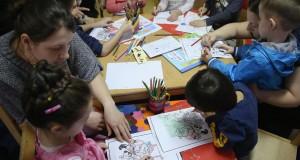 الأندبندنت: ألمانيا توظف 8500 مدرس لتعليم اللغة الألمانية لأطفال اللاجئين