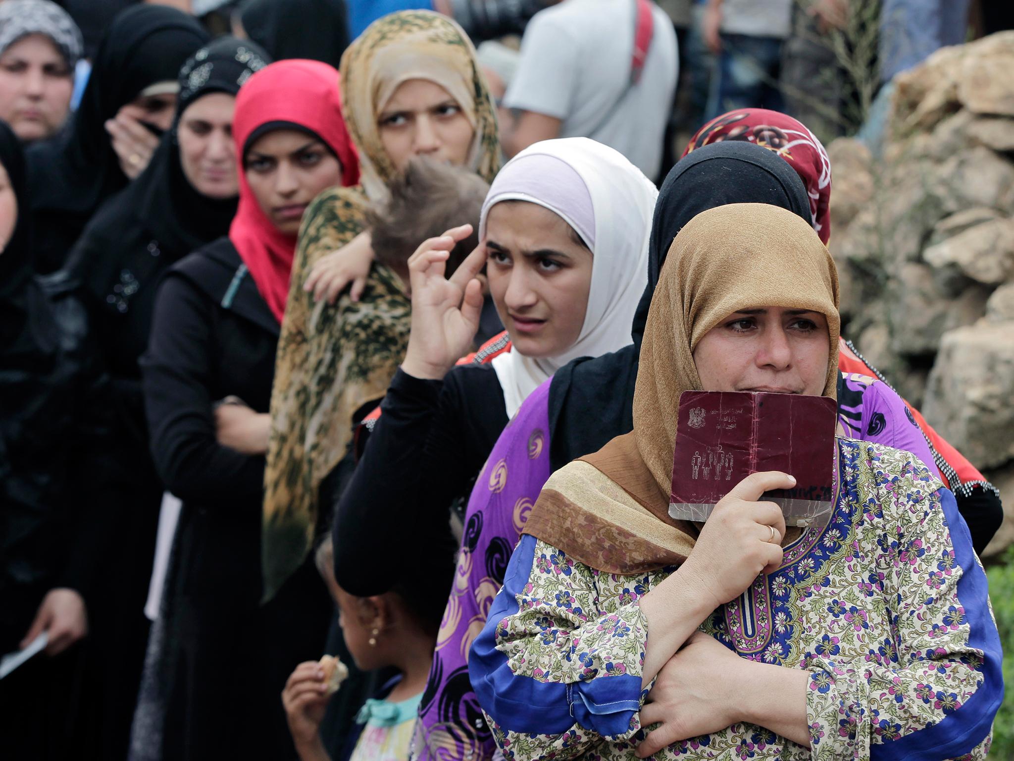 لم يكن نصيب المرأة السورية من المعاناة بعد اللجوء أقل من الرجل
