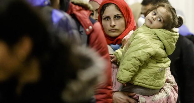 الهجرة وأثرها على الفرد والمجتمع – محمد الأسمر