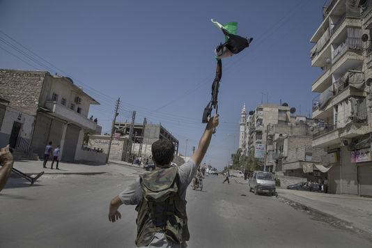 كيف ثارت حلب في سنة 2012؟ – مترجم عن لوموند الفرنسية
