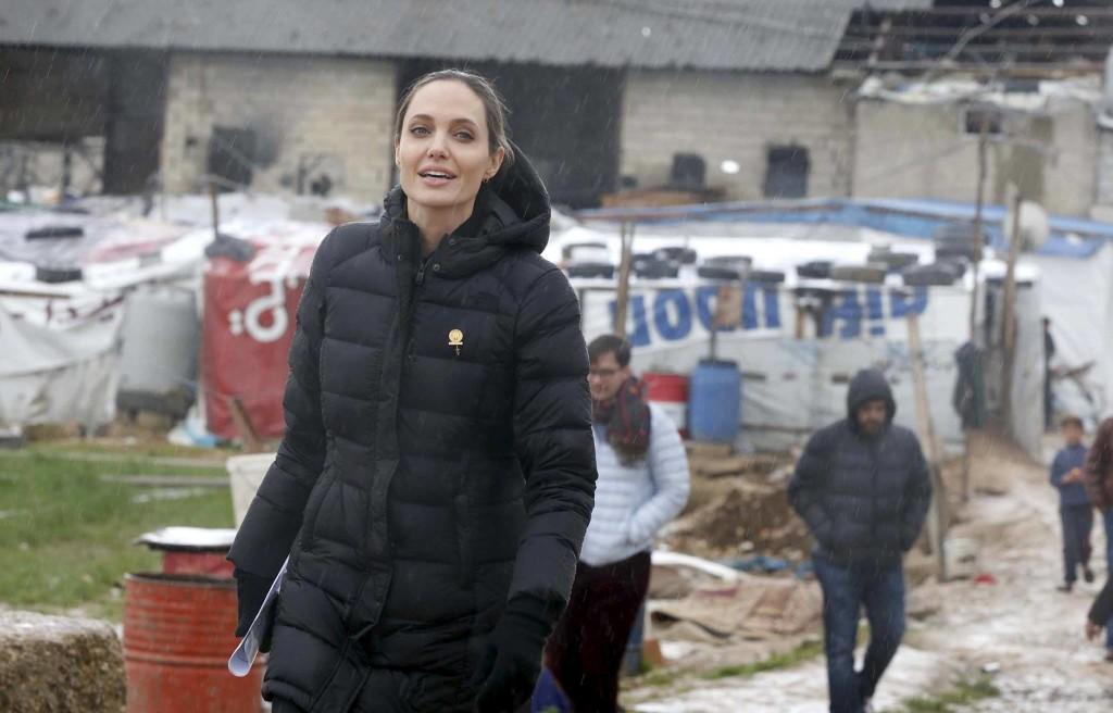 Angelina-Jolie-10-1024×656