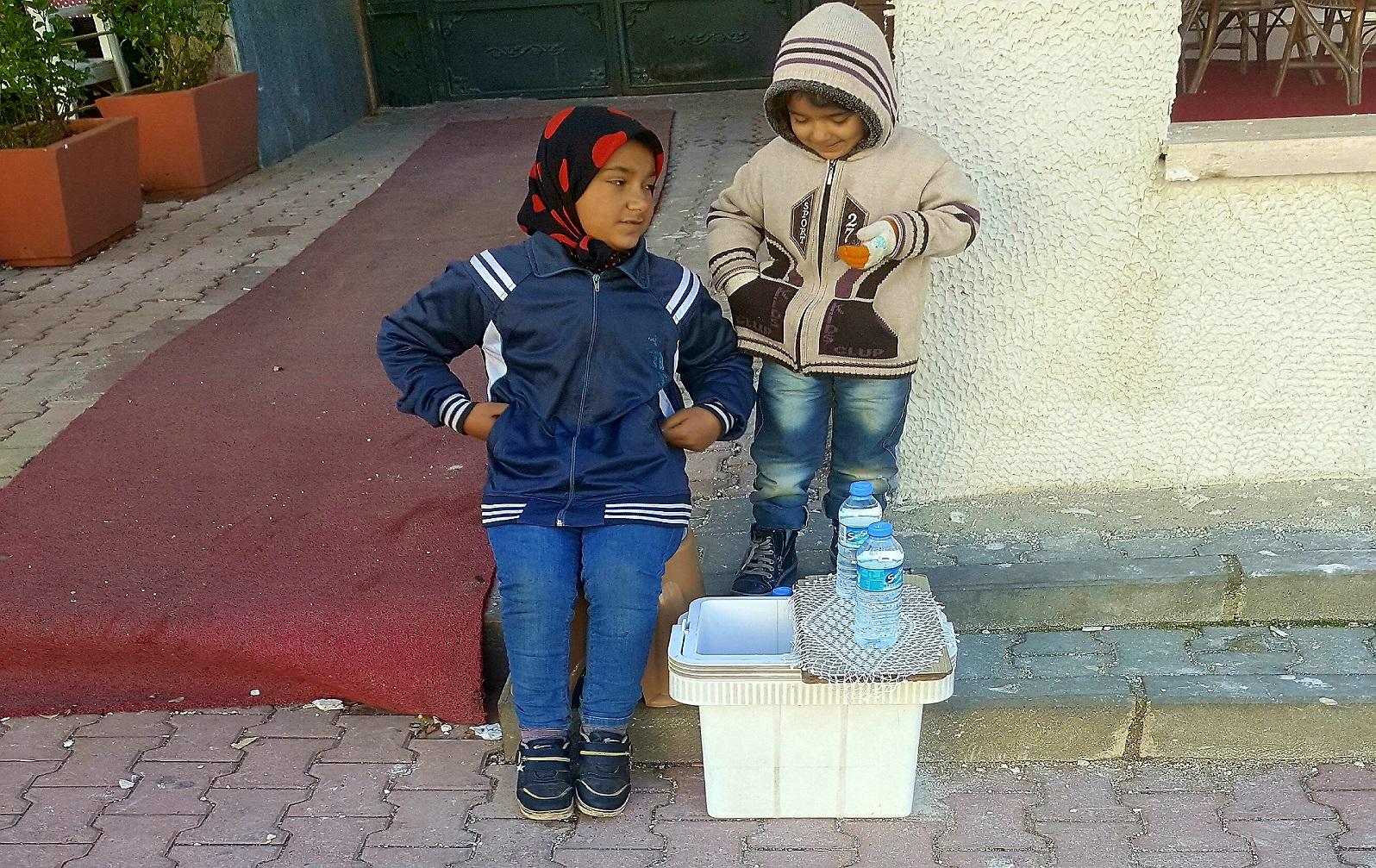 الأطفال السوريين المتسولين