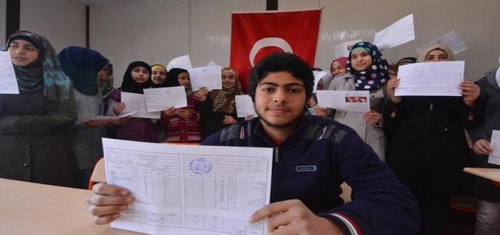 تركيا-تفتح-باب-التسجيل-على-منحة-شهرية-للطلاب-السوريين-وكيفية-التسجيل
