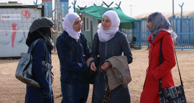 ناشطات من ريف حلب يرفعن وعي النساء بحقوقهن ــ أحمد الأغا
